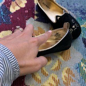 Black velvet cat slip on